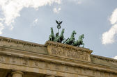Quadriga sculpture on top of Berlin Brandenburg Gate — Stok fotoğraf