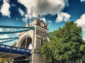 Famous Tower Bridge in the morning, London, England — Stockfoto