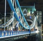 The Tower Bridge in London illuminated at night — Stock Photo