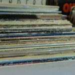 vinyl lp skivsamling i lådan. Detta är ett populärt val fo — Stockfoto