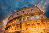 Wonderful view of Colosseum in all its magnificience — Stock Photo