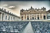 St 彼得广场与大教堂-梵蒂冈城 — 图库照片