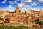 Ancient Ruins of Imperial Forum in Rome, via dei Fori Imperiali — Stock Photo