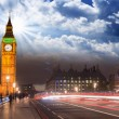 Beautiful colors of Big Ben from Westminster Bridge — Stock Photo #16326269