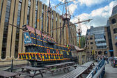 Old Ship in London near Thames river — Stock Photo