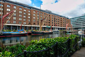 St Katharine Dock - London — 图库照片