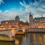 ������, ������: Beautiful colors of Napoleon Bridge at dusk with Seine river P