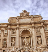 Trevi Fountain in Rome, Autumn season — Stock Photo