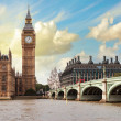 The Big Ben, the Houses of Parliament and Westminster Bridge — Stock Photo #18258277