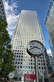 金丝雀码头伦敦金融区建筑物. — 图库照片