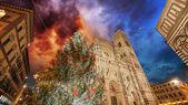 Florença. cores de inverno lindo domo de piazza del — Fotografia Stock