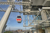 LONDON - DEC 7: Emirates Air Line cable cars, December 7, 2012 i — Stock Photo