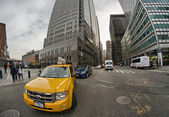 NEW YORK CITY - FEB 26: Yellow cab speeds up in Lower Manhattan, — Stock Photo