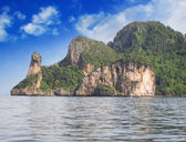 Thailand. Beautiful nature and vegetation of Chicken Island — Stock Photo