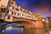 Gorgeous view of Old Bridge, Ponte Vecchio in Florence at sunset — Stock Photo