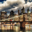Amazing New York Cityscape - Skyscrapers and Brooklyn Bridge at  — 图库照片
