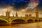 London, UK - Palace of Westminster (Houses of Parliament) with B — Stock Photo