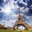 Wonderful view of Eiffel Tower in Paris. La Tour Eiffel with sky — Stock Photo