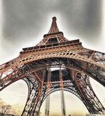 Paris, france. hiver coucher de soleil sur la tour eiffel. la tour eiffel. — Photo