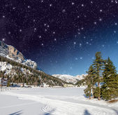 Beautiful colors of Dolomites Landscape in Winter Night — Stockfoto