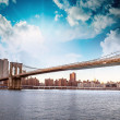 Amazing New York Cityscape - Skyscrapers and Brooklyn Bridge — Stock Photo