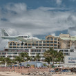 PRINCESS JULIANA AIRPORT, ST MAARTEN - APRIL 19: Airplane lands — Stock Photo #24267323
