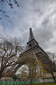 Paris. Wonderful wide angle view of Eiffel Tower from street — Stock Photo