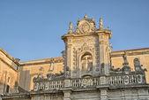 Prachtige eeuwenoude architectuur van Apulië, Italië — Stockfoto