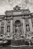 Trevi Fountain in Rome, Autumn season — Stock Photo