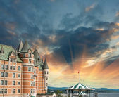 Quebec, Canada. Terrific view of Hotel de Frontenac with colourf — Stock Photo