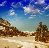 Prachtige kleuren van dolomieten landschap in de winter — Foto de Stock