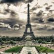 Tour eiffel, Paříž. nádherný výhled na slavnou věž z trocader — Stock fotografie
