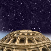 Rome. Beautiful view of Colosseum at night — Stock Photo