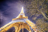 PARIS - DEC 1: Lighting the Eiffel Tower December 1, 2012 in Par — Stock Photo