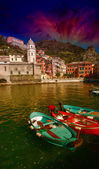 Cinque Terre, Italy. Wonderful scenario in spring season — Stock Photo