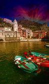 Cinque Terre, Italy. Wonderful scenario in spring season — Stock Photo