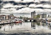 Canali di amsterdam. tipica architettura di amsterdam. — Foto Stock
