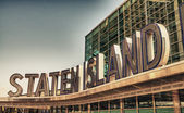 Famous Staten Island Ferry entrance sign - New York City — Stock Photo