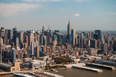 Manhattan, New York City. Aerial view of Hell's Kitchen Area in — Stockfoto