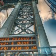 New York City. Pylon of Manhattan Bridge as seen from bridge road — Stock Photo