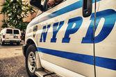 NEW YORK CITY - JUN 9: Classic NYPD car in Manhattan Streets — Stock Photo