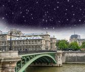 Paris, le Pont d'Arcole. Arcole Bridge at night — Stock Photo