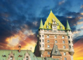 Quebec City Castle, Canada. Beautiful sky over Chateau de Fronte — Stock Photo