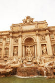 Trevi Fountain architectural detail in Rome — Stock Photo