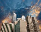 New York City. Summer sunset in Manhattan — Stock Photo