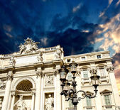Architectural detail view of The Famous Trevi Fountain in Rome, — Foto de Stock