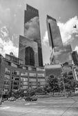NEW YORK CITY - MAR 9: The bustle of Columbus Circle in NYC — Stock Photo