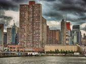 Wonderful skyline of New York City from Hudson river — Stock Photo