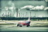BRISBANE - JUL 17: Airbus 330 Virgin Atlantic in the airport — Stock Photo