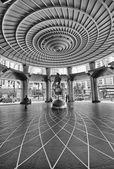 куала-лумпур - 23 мая: представление petronas twin towers интерьер — Стоковое фото